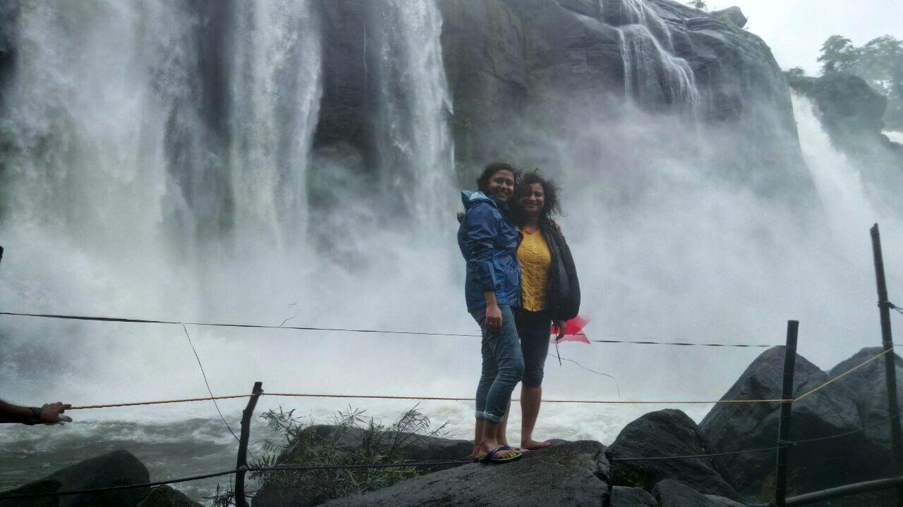 Munnar – Thekkady – Alappuzha – Athirapilly waterfall
